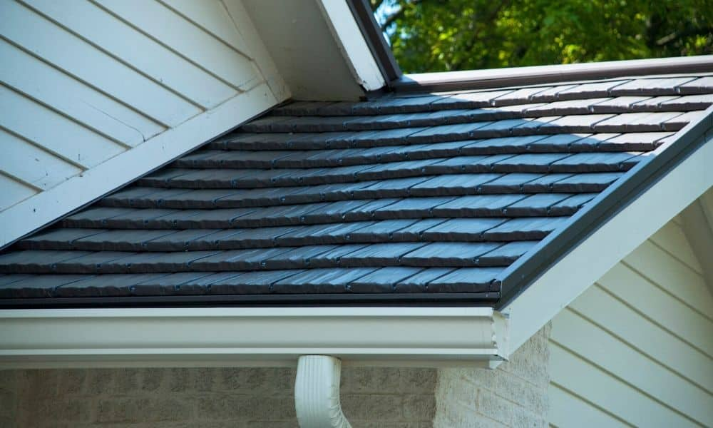 Top Reasons to Hire a Professional to Repair Your Roof