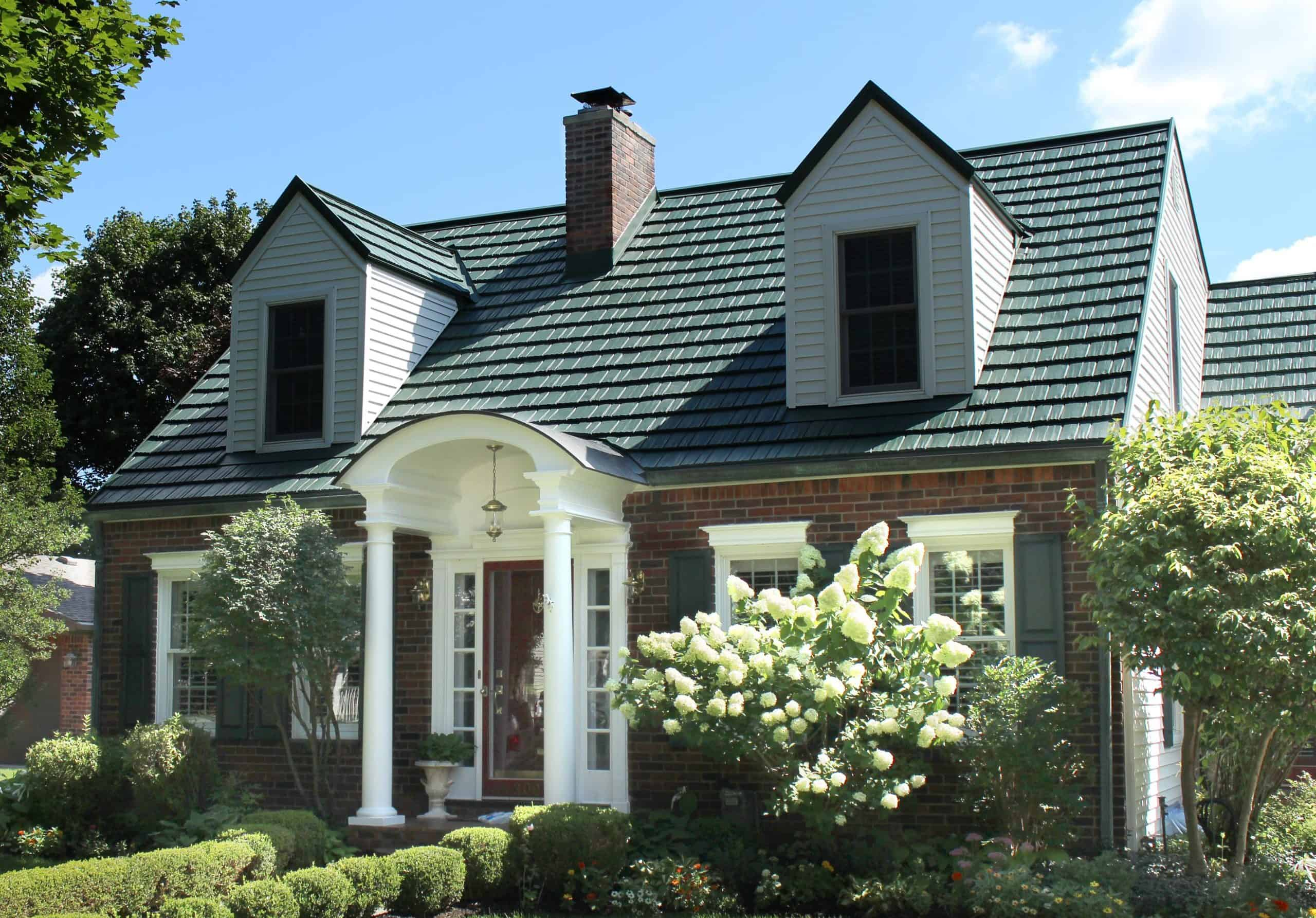 Reasons Why Summer Is a Good Time to Replace Your Roof