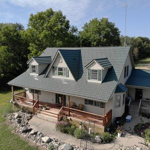 Rustic Shingle Metal Roof - Forest Green